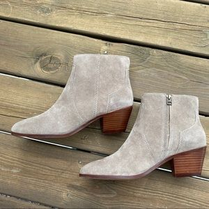 Madewell The Western Boot in Suede, size 10, EUC!